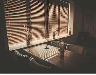 wooden blind edinburgh darkened